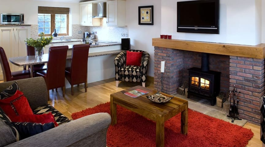 Red House Farm Cottages - North Newbald - Hus