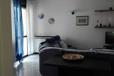 Celle ligure:   luminoso al mare - Celle Ligure - Apartamento