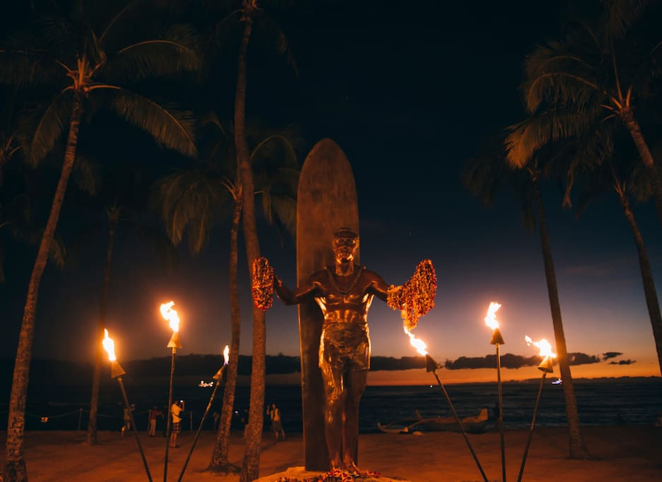The Famous Duke's Statue is 5 Minutes Walk from the Cabana