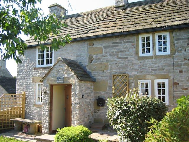 16th Century Craven Cottage, Little Longstone