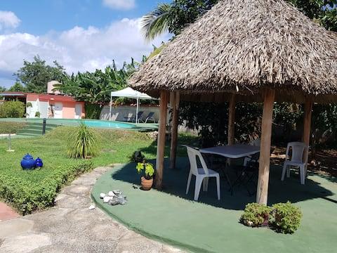 Casa Gladys, Room 2, Bacuranao Beach  privada.