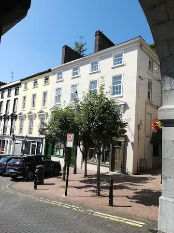 Room 4, Casement Square, Cobh