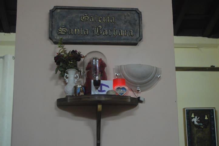 Hostal Cultural Escribanía Dollz - Sancti Spíritus - House
