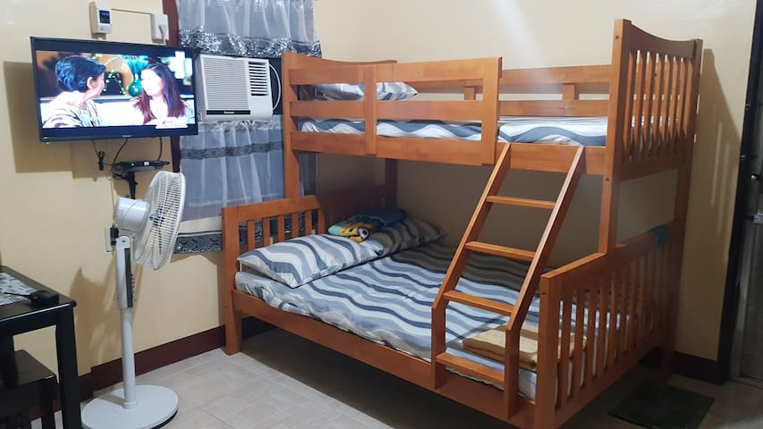 Studio Apartment near Arca South with WIFI