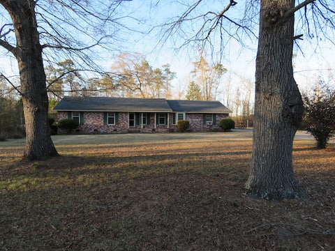 Country house close to Hartsville