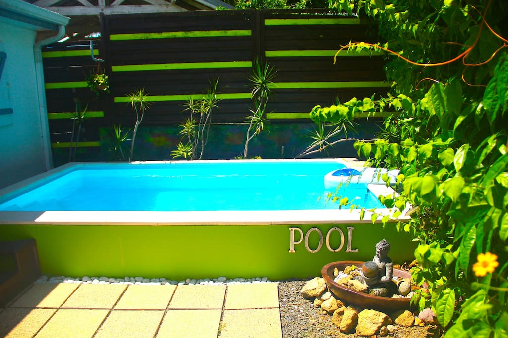 Accès à la piscine pour se relaxer