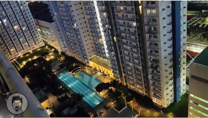 1 BR Whole Flat - Accessible, Safe and Secured - Quezon City - Condo