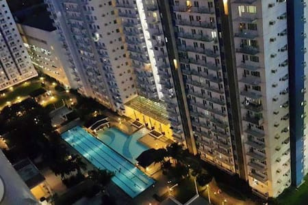 1 BR Whole Flat - Accessible, Safe and Secured - Quezon City
