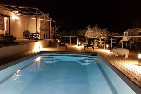 Villa avec piscine - Cuges-les-Pins - House