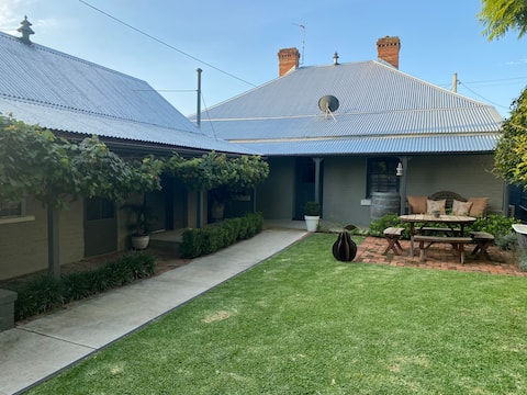 THE STABLE Scone - luxury in the Upper Hunter
