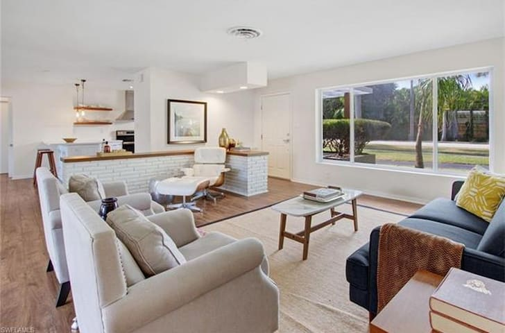 Sundance Vacation Home by Leroy - Fort Myers - Σπίτι