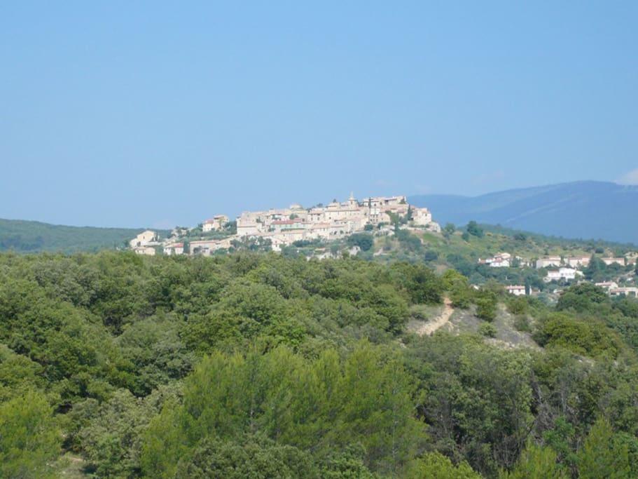 Le village de Montfort