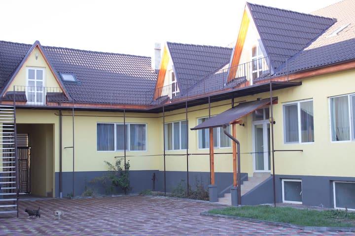 Zentralgelegene Ferienwohnungen in Lugosch (Lugoj)
