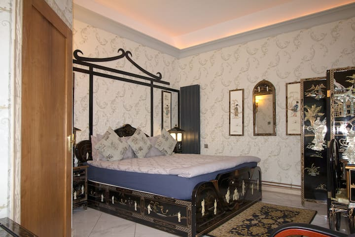 Ferndale - Ancient Chinese (Deluxe Double Room)