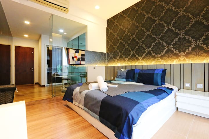 Luxury KL Sentral Cozy & Spacious Suite 2-8pax