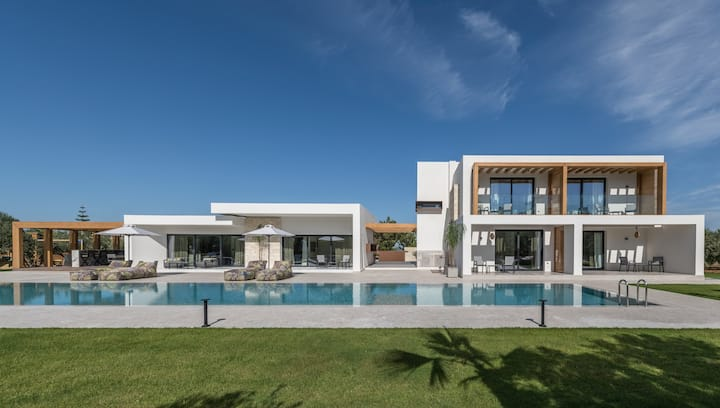 One&Only Luxury Villa, for Unrivalled Living