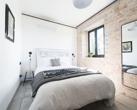 La Pietra B&B Lux, room 2 en-suite bedroom