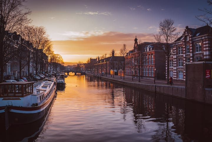 Discover the romantic side of Amsterdam