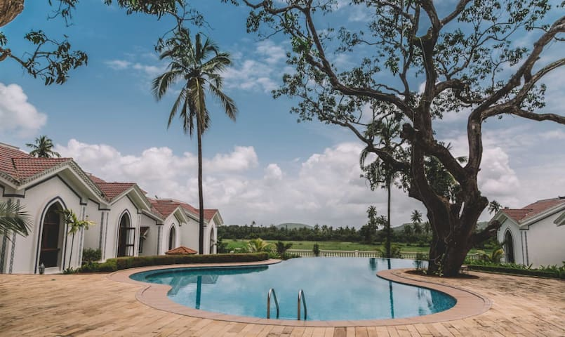 Comfortable 2BR Duplex villa w/pool in Siolim