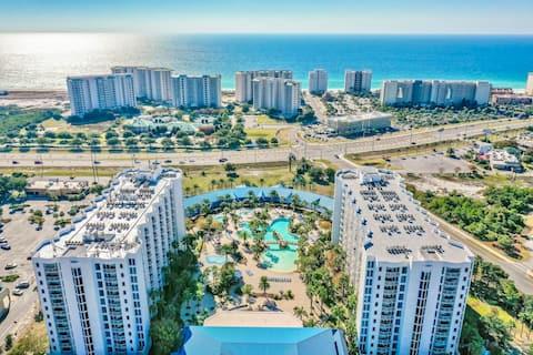 Palms Retreat, Walk To Beach, Resort Amenities!