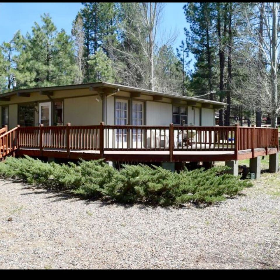 1100 square foot, 2 bedroom, cabins in the pines of Munds Park, Arizona.