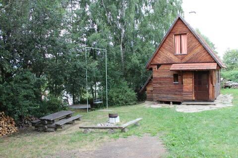Soukromá dřevěná chatka blízko přírody
