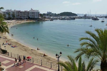 Ibiza Santa Eularia apartmn playa - Santa Eulària des Riu