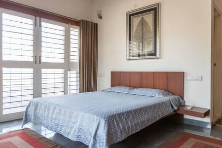 Bedroom 3: inside Manyata Tech Park - Bengaluru
