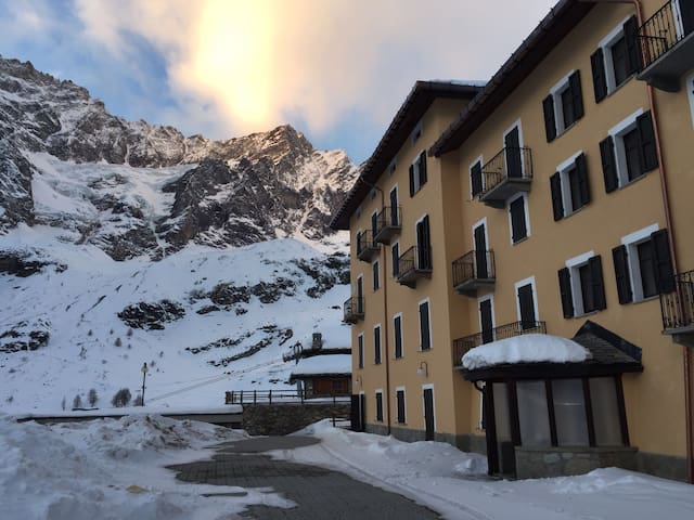 Luxury Apartment on the ski track - Breuil-Cervinia