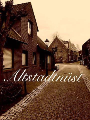 """Ferienwohnung """"Altstadtnüst"""" in 26789 Leer"""