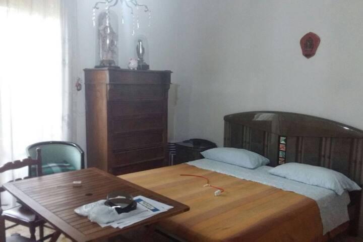 Piccolo appartamento vicino Napoli