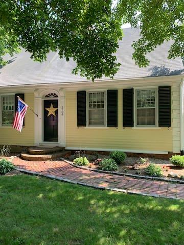 1750 House
