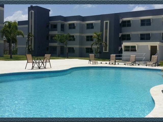 Property Pool. Condo Aguada.