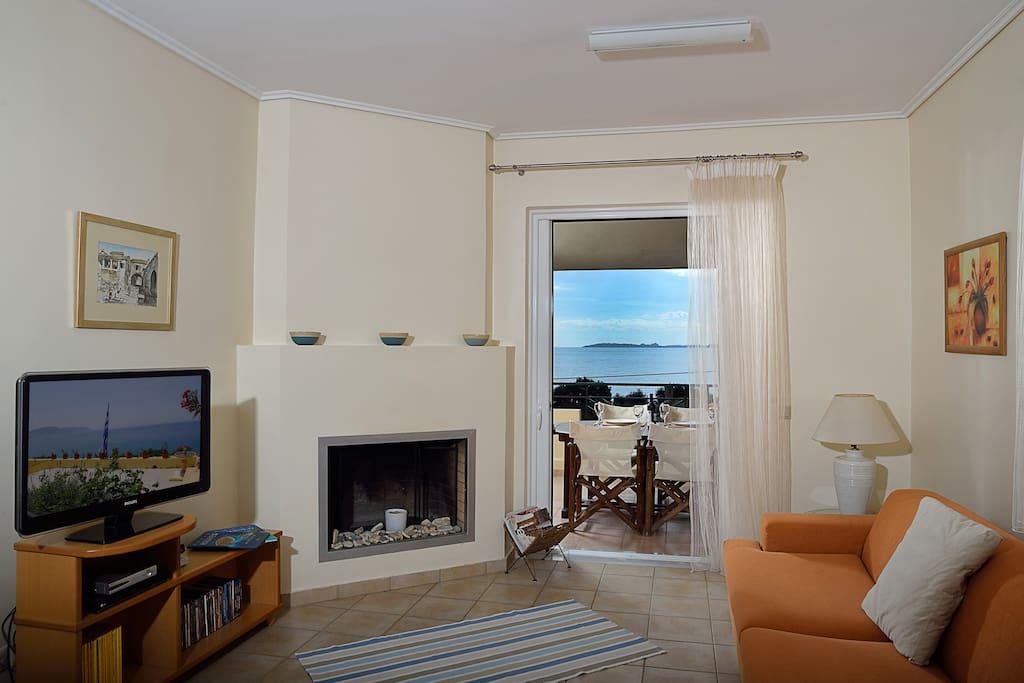 open plan living / sitting room
