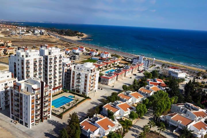 STUDIO FLAT VERY CLOSE TO LONG BEACH