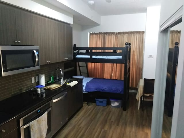 Bunk Bed, Richmond Hill, Toronto's Northern suburb