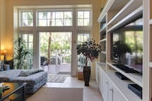 Quiet, family-friendly home w/full kitchen, patio, and shared pool