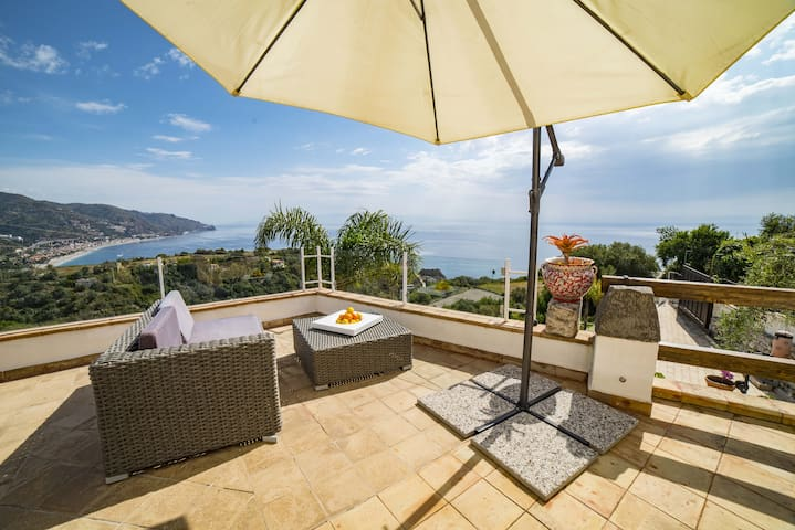 VILLA ZAGARA Seaview Double room Terrace+Pool