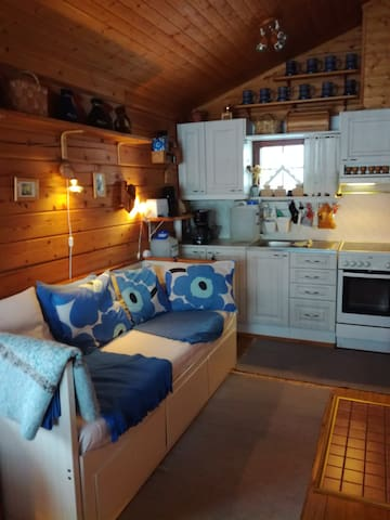 """A """"pull out"""" sofa bed ( 2 x 80 cm) . Water in water cans ready for you in the cabin. No running/tap water in the cabin ( water in cans). You will get more water in garage/service building ."""