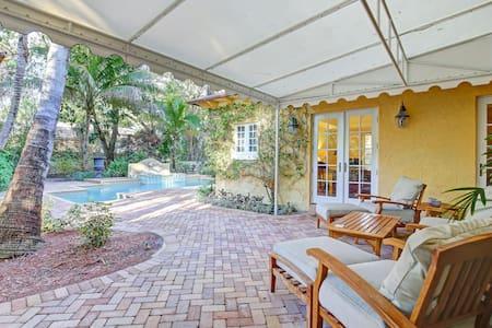 Spectacular mediterranean style villa.