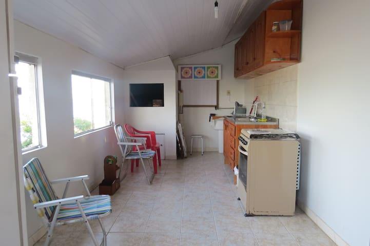 Casa no 2º andar, 2 quartos, por 200 diaria - Tramandaí - Overig