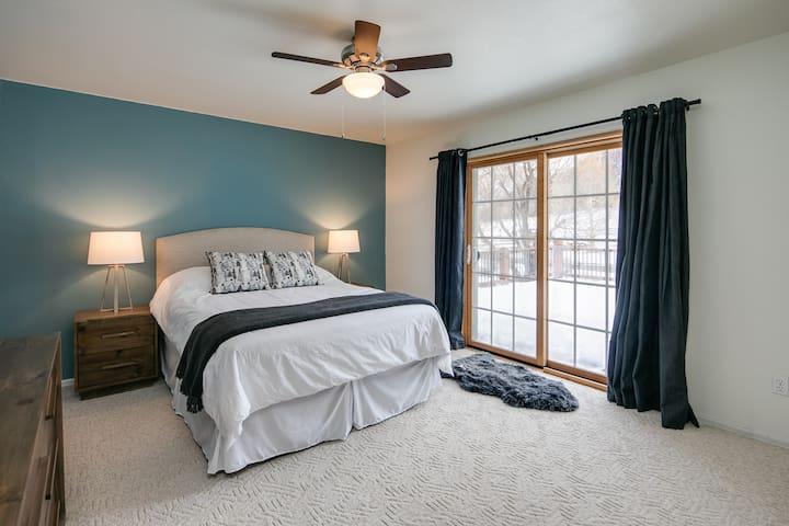 Bedroom 3 plus private front patio - Queen