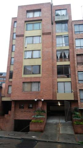 Chapinero Alto Habitación Encantadora Zen 1.