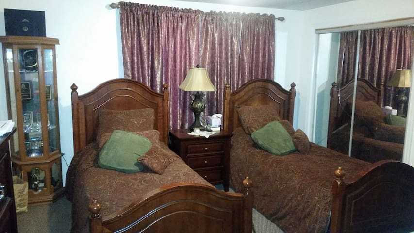 Downtown Twin Bedroom - New Bedford