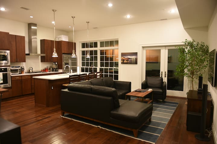 Next to downtown and 14th street - Washington - Daire