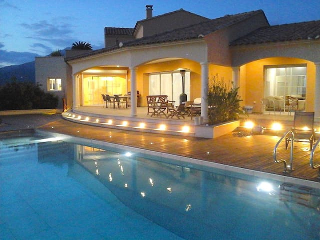 Spacious villa with panoramic view - Viggianello - Maison