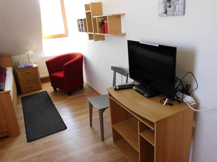SASKIA FEWO, 1 Bett, mit TV und WLAN, Zimmer 4