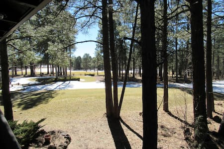 One Bedroom Getaway on the Fairway - Pinetop - Condominium