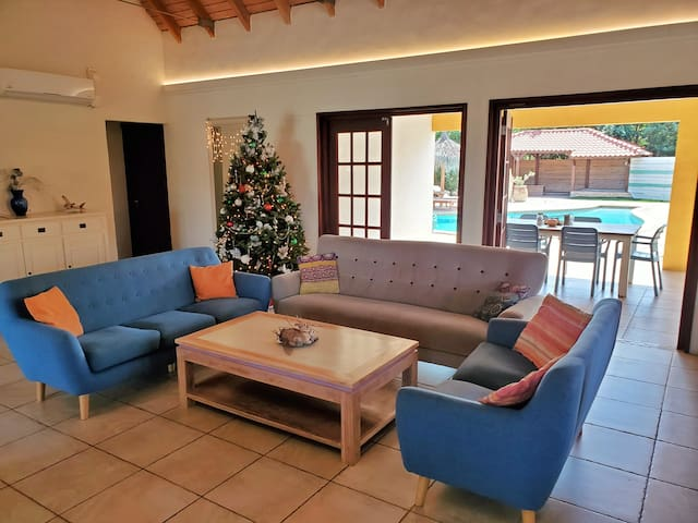 -50% off Christmas special- Caribbean style house