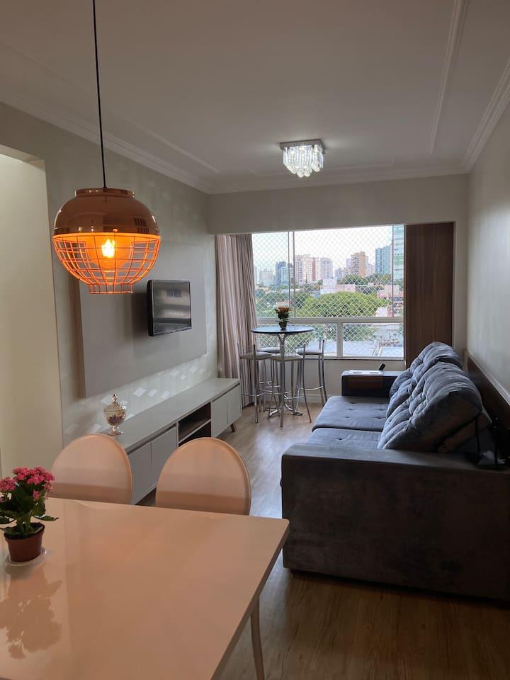 Aconchegante Apartamento decorado e mobiliado